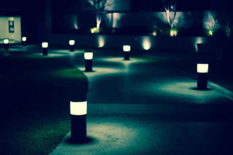 Emejing Eclairage Jardin Sans Electricite Ideas - Design Trends 2017 ...